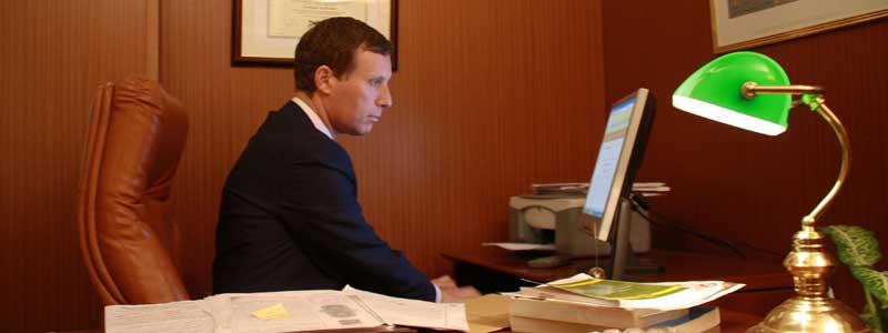antonio-pardo-skoug-abogado-firma_0
